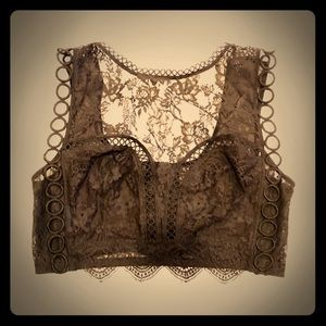 BNWOT Victoria Secret Bralette size L black lace